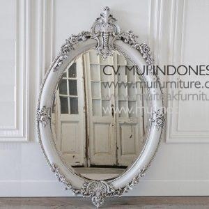 20Th Century Carved Oval Mirror