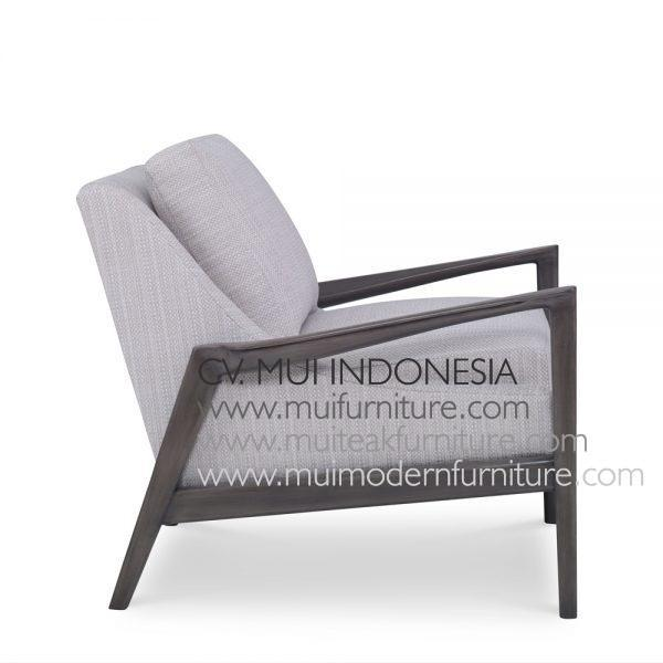 Artos Arm Chair