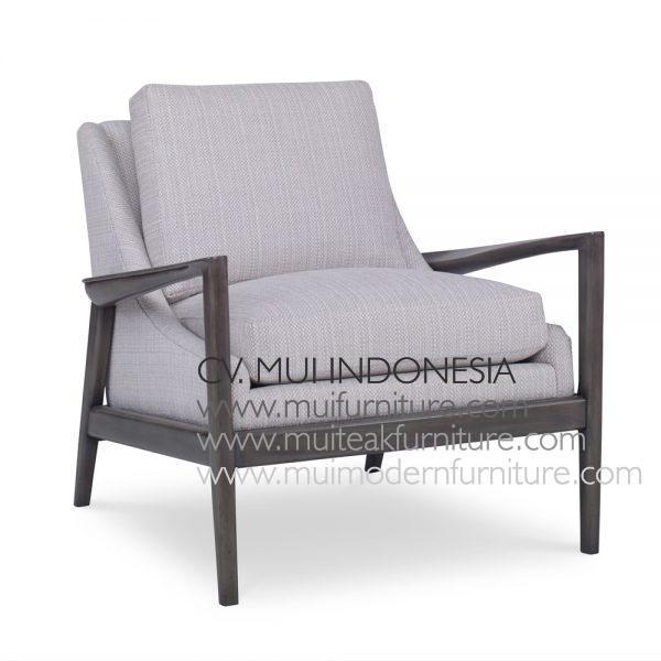 Artos Arm Chair