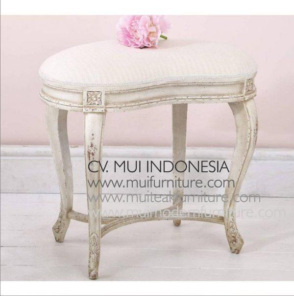 Peanut Stool Antique White