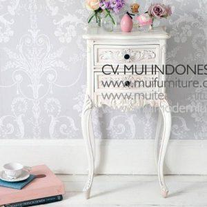 Antique White Bedsidetable Carving, Mui Furniture
