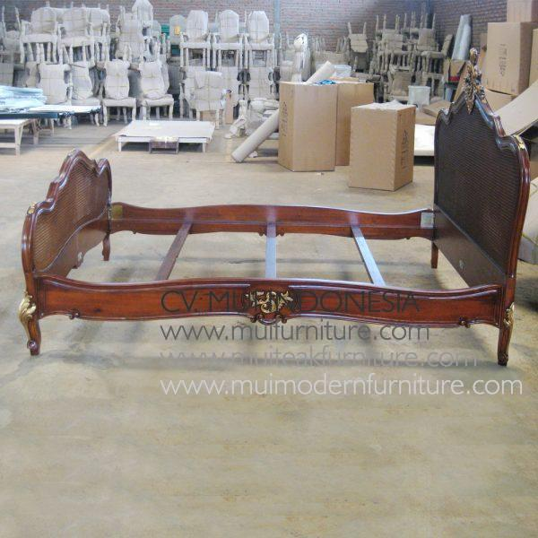 Antony Bed Antique, Size Queen 160D x 200D cm
