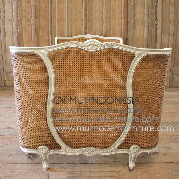 France Cane Antique Bed, Size Queen 160 x 200cm