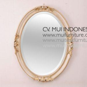 Majestic oval Mirror