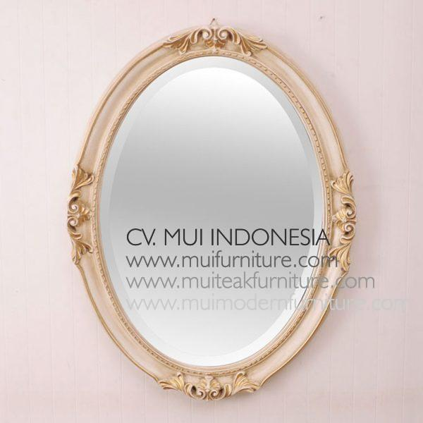 Majestic oval Mirror