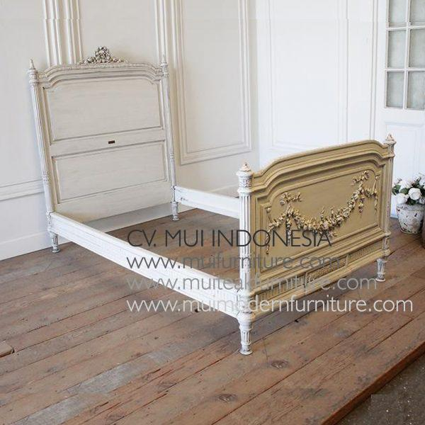 Rose Painted French Bed, Size Single 120 x 200 cm