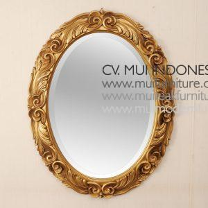 Tarditional Oval Mirror