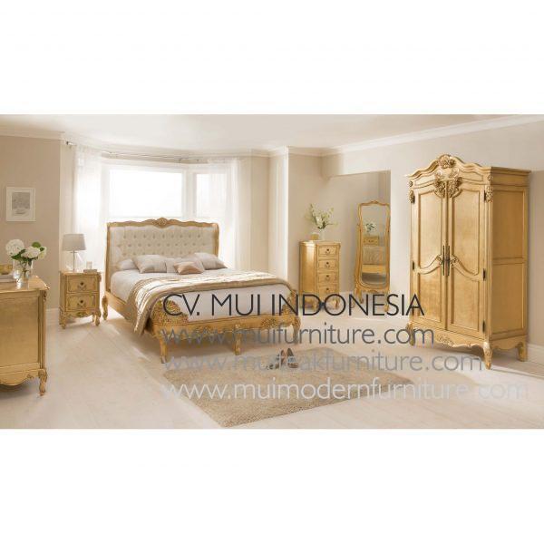 Gold antique Armoire