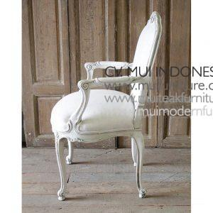 CENTURY FRENCH LOUIS XV STYLE ARMCHAIR 100 cmHx67 cmWx62 cmD