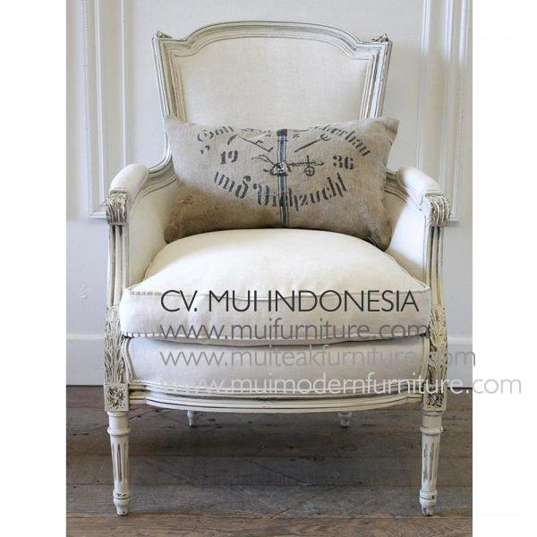 CENTURY LOUIS XVI PAINTED STYLE FRENCH BERGERE CHAIR H 93.98 cm x W 66.04 cm x D 76.2 cm