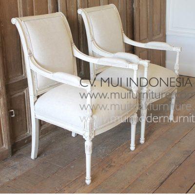 Napoleon Arm Chair-3